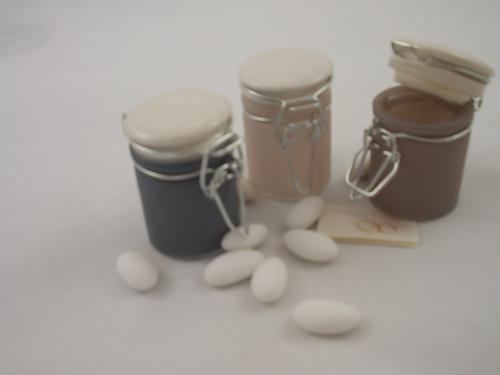 Glasbehälter in drei Varianten